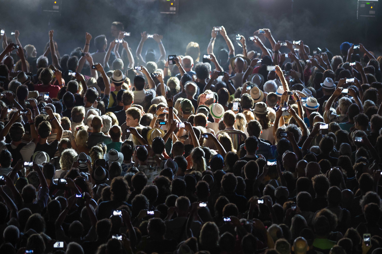 «Gérer la foule : crowd control, crowd management et climatisation», par Pascal Viot